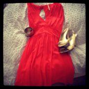 Kleid und High Heels